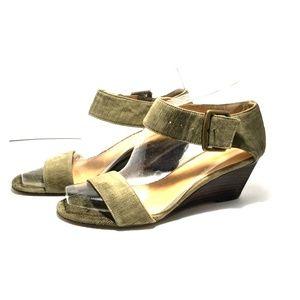 Nine West leather sandal